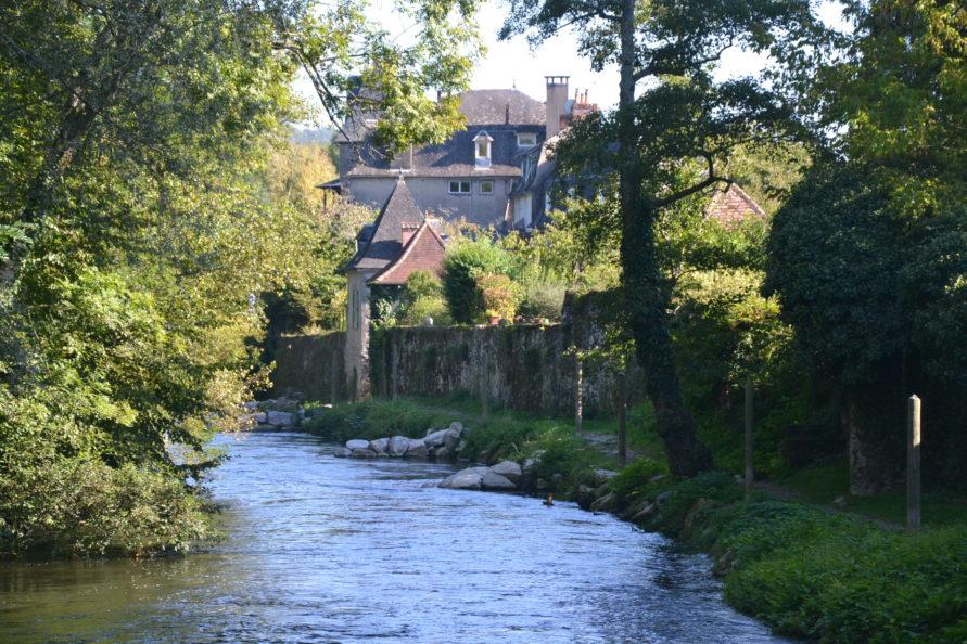 La Dordogne (Beaulieu)